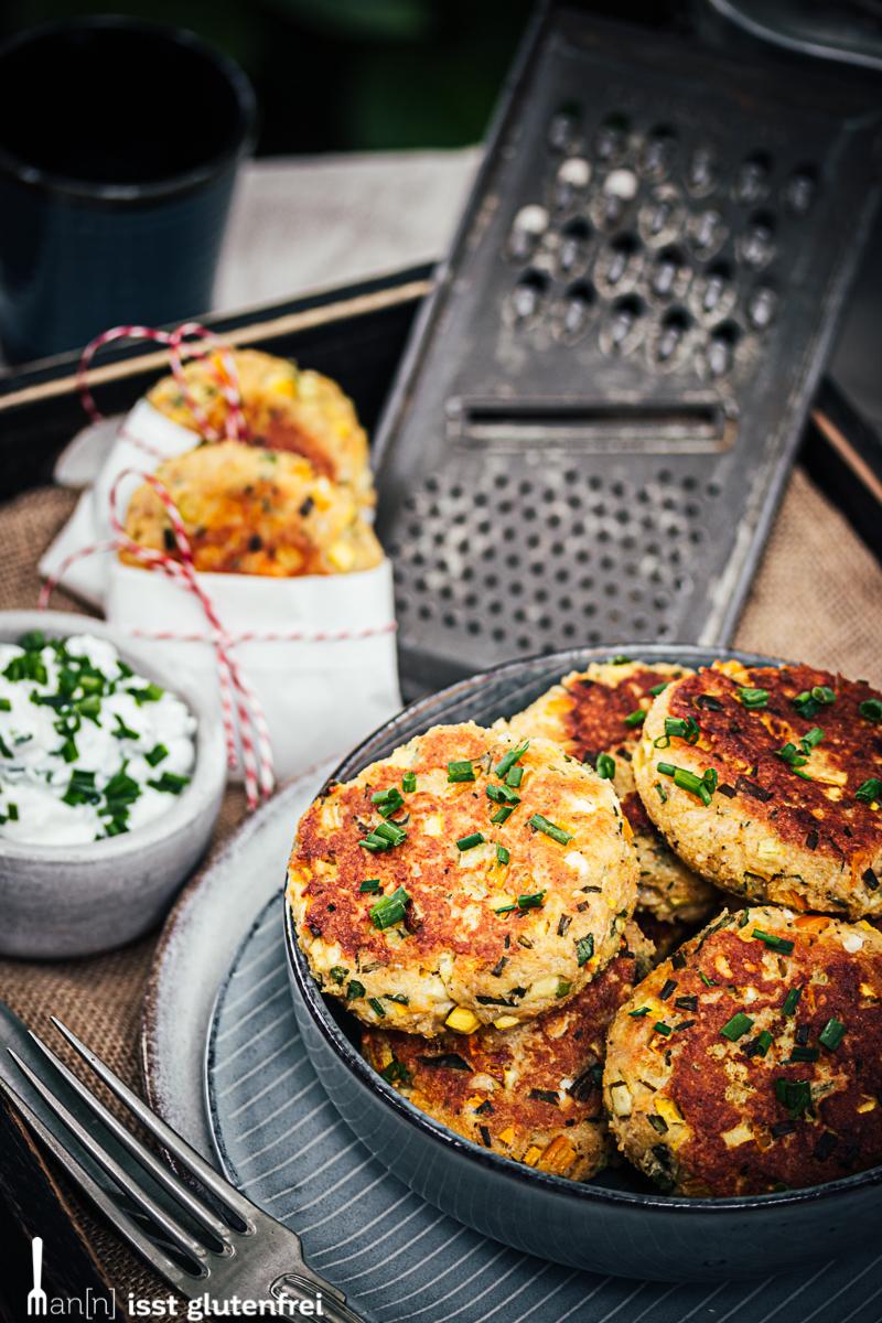 Vegetarische Frikadellen mit Kräuterquark - glutenfrei und laktosefrei