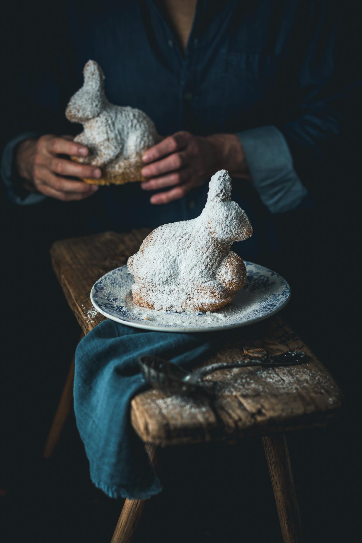 Osterhasen aus Vanille Eierlikör Rührteig - glutenfrei und laktosefrei